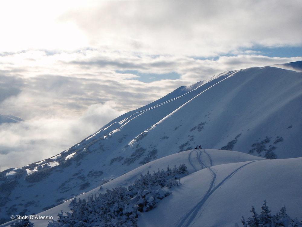summit-lake-kenia-powder.jpg
