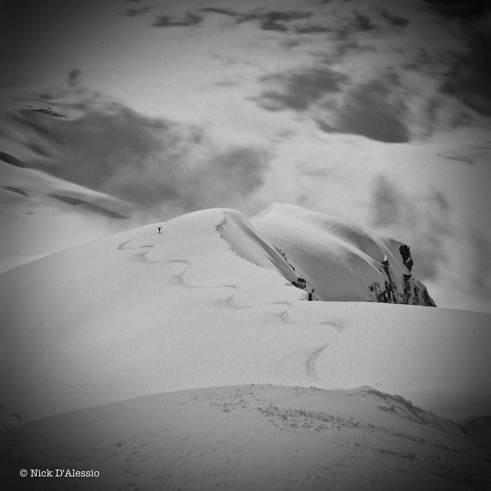 ski-line.jpg