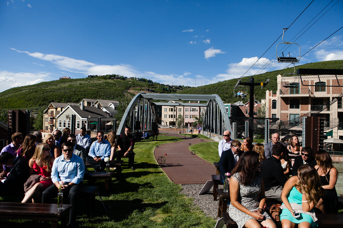 town lift bridge park city wedding