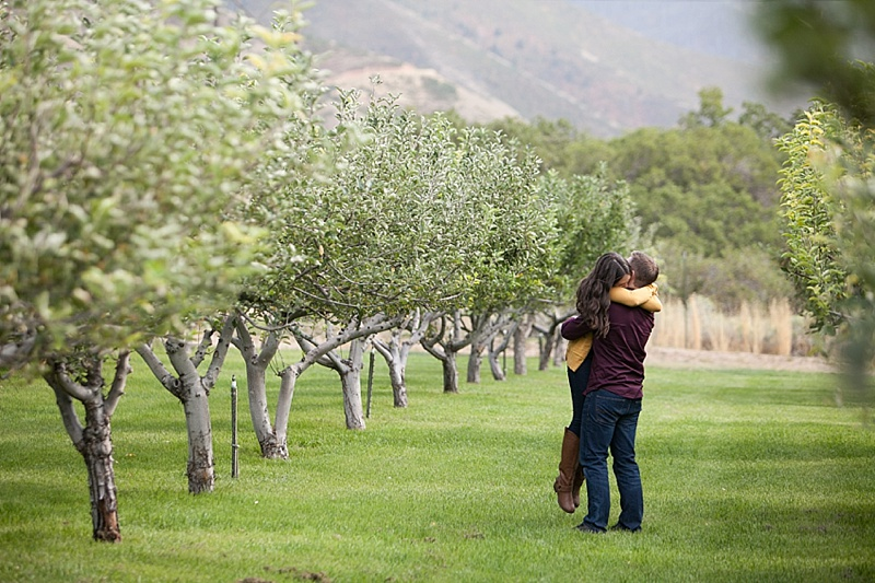 Quiet-Meadow-Farm-Engagement-Photos-0025.jpg