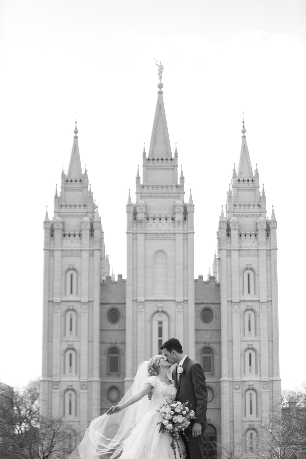salt-lake-city-lds-temple-wedding-024.jpg