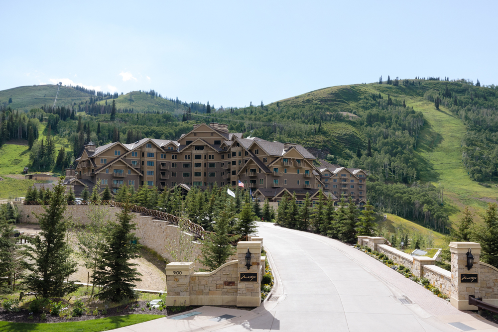 montage-deer-valley-wedding-001.jpg