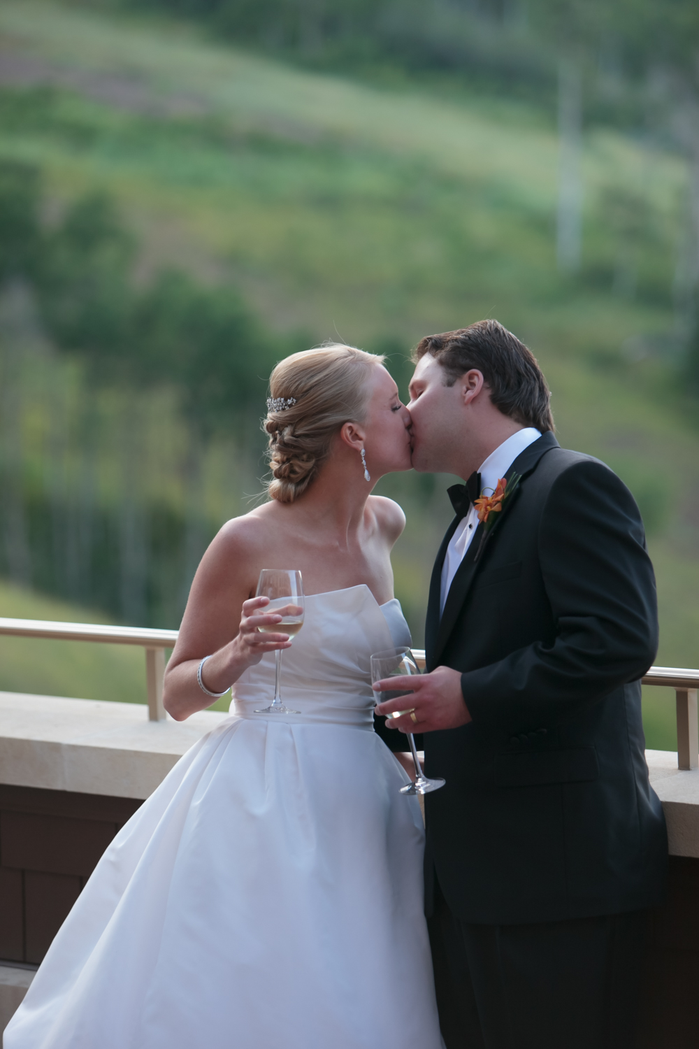 montage-deer-valley-wedding-059.jpg