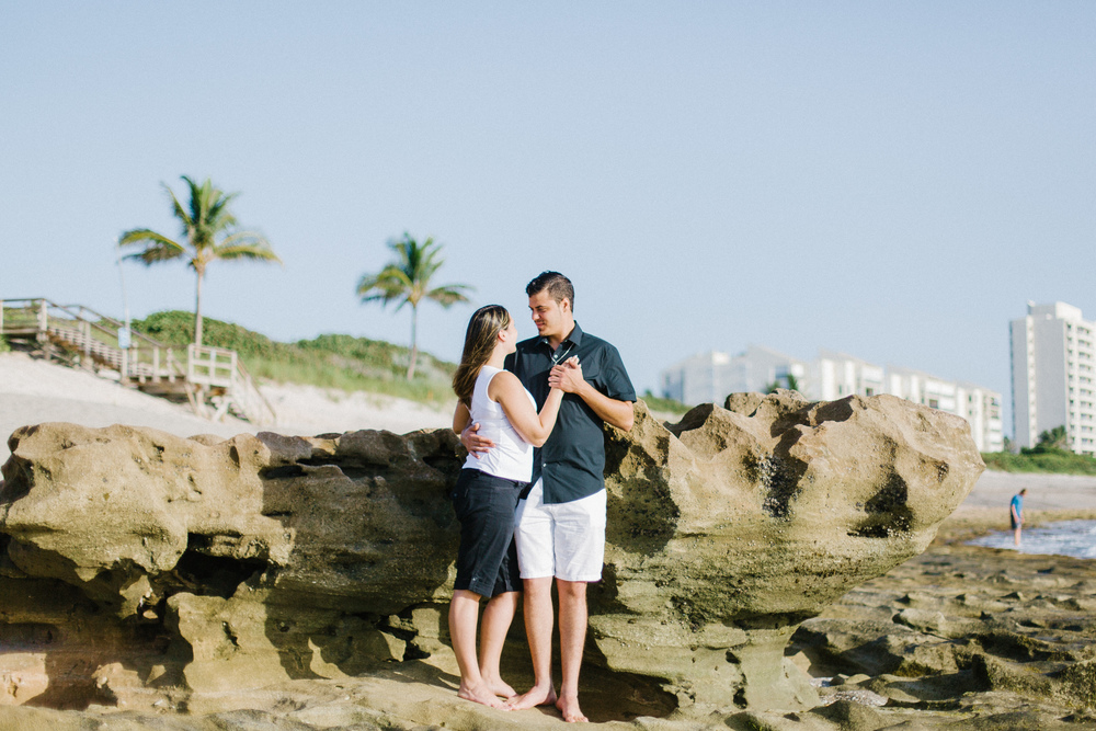 coral cove engagement photos