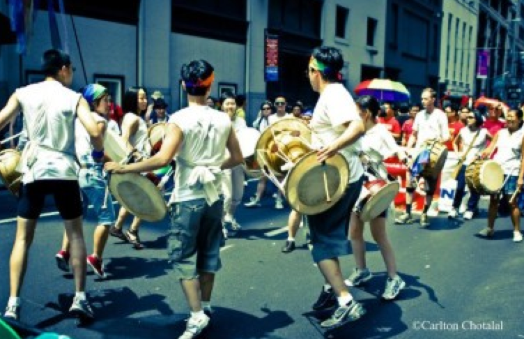 Q-Wave-drummers