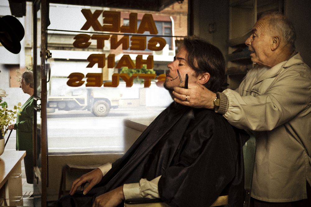 Vikk_Shayen_2500px_portfolio_Yianni_VCA_barber_0145-Edit4.jpg