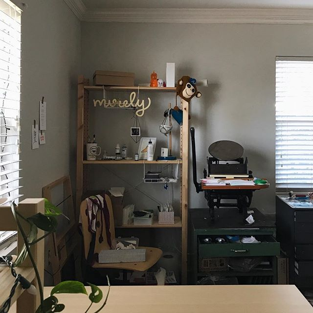 Bye studio!! 👋🏼 Over the weekend we moved apartments which means I now have a new studio with more natural light and space! The OLD studio is pictured here and I can't wait to share the new space ✨🙌🏼 #letterpressstudio