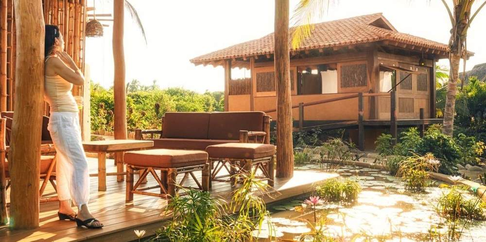 King EcoCasitas 4 people per room $1180 per person