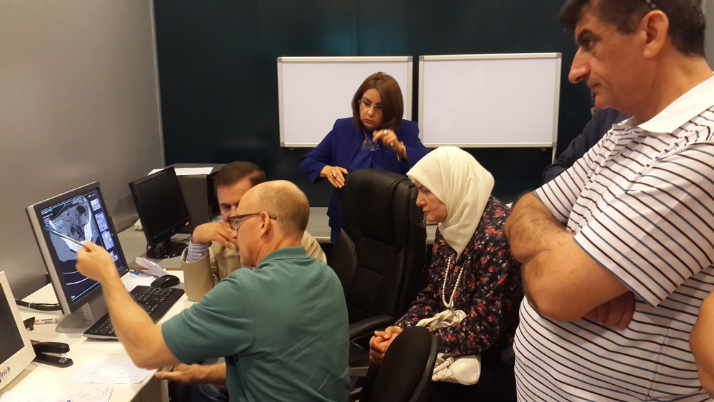 GSMSG Diagnostic experts training local medical staff in Iraq
