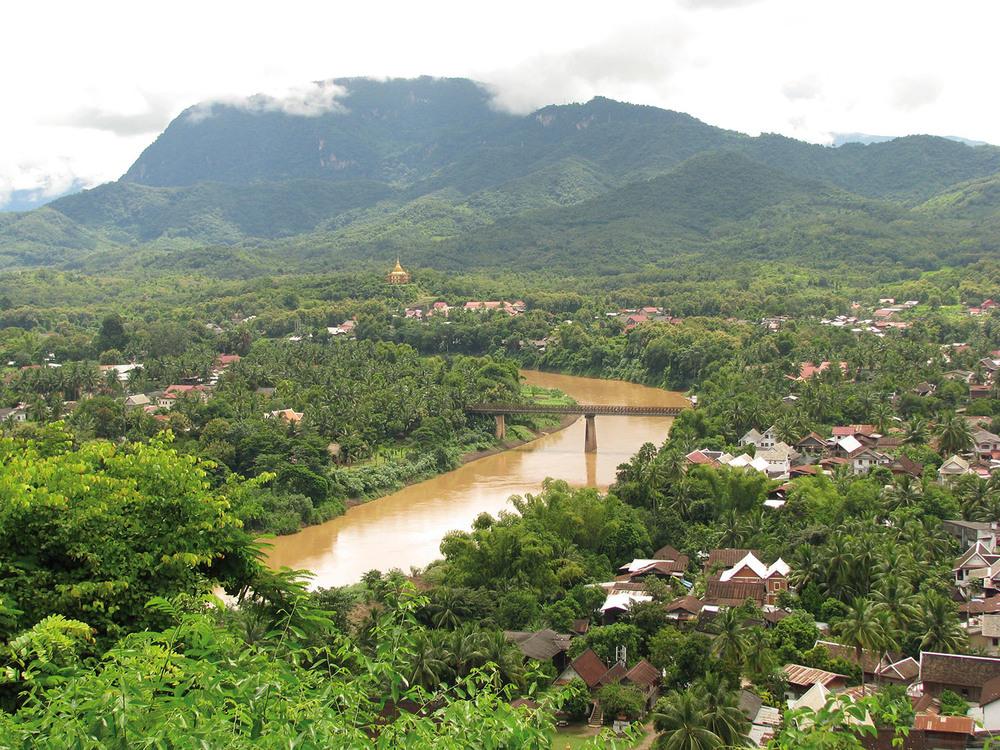 LAOS Luang Prabang view of townl_1500px.jpg