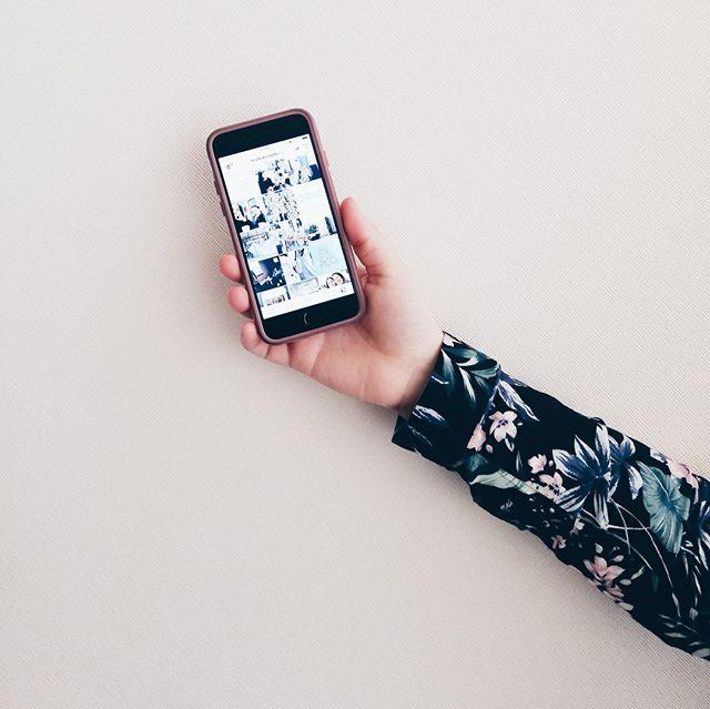 Hoy nos encantaría que nos hablaran de algo... 👉🏼¿Cómo hacen para organizarse con sus publicaciones de Instagram?. - 👉🏼¿Planifican sus publicaciones o viven la filosofía de un día a la vez?. - 👉🏼¿Qué es lo que más les cuesta al momento de crear y planificar sus publicaciones en Instagram? ¡Déjennos sus comentarios por aquí 👇🏼y hablemos de marcas💖! . . . . . . . . . #marcasconpersonalidad #Identidaddemarca #impulsatumarca #marcapersonal #branding #BrandingDesign #BrandStyling #asesoria #cosasbonitas #calledtobecreative #negociosconcorazon #marcasconcorazon #instablogger #instagramforbusiness #emprendimientocreativo #emprenderenfemenino #planesparaemprender #emprenderconpropósito  #blogginglife