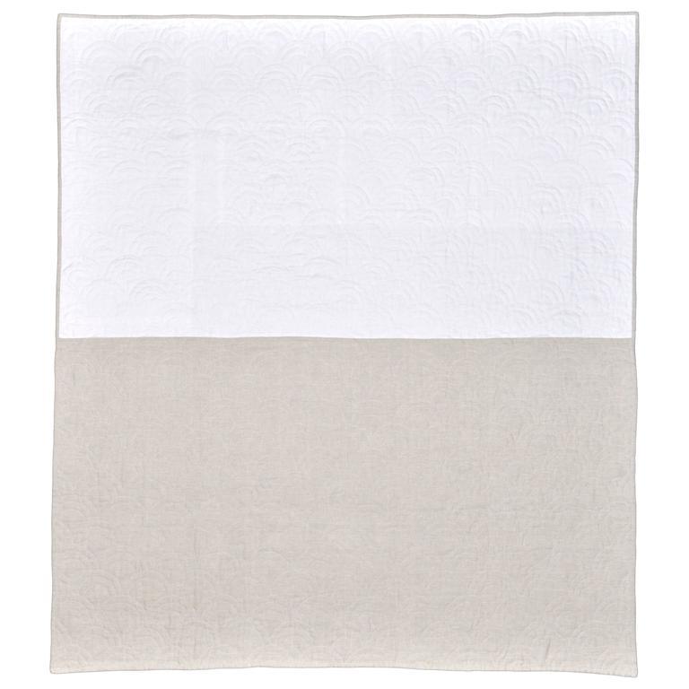 Katie Larmour Design Bespoke Irish Linen Quilt 1.jpg
