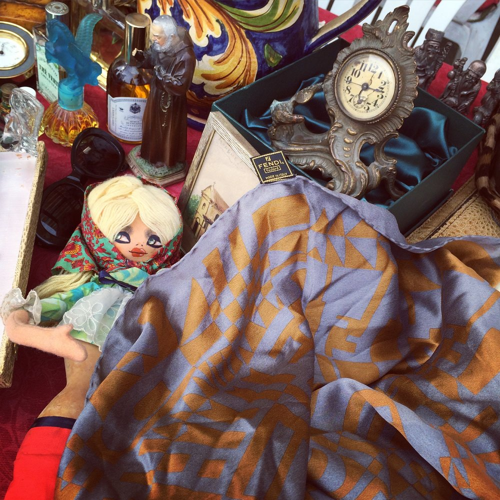Katie Larmour Vintage Finds at the Brocantes : Markets 1.jpg