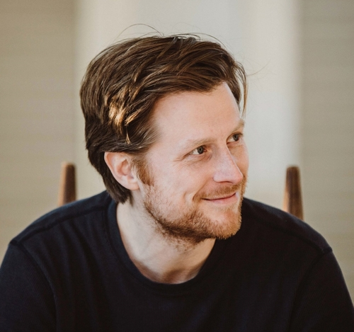 Nathan Golon   Director / Cinematographer