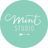 mint-studio-speaker-copywriter