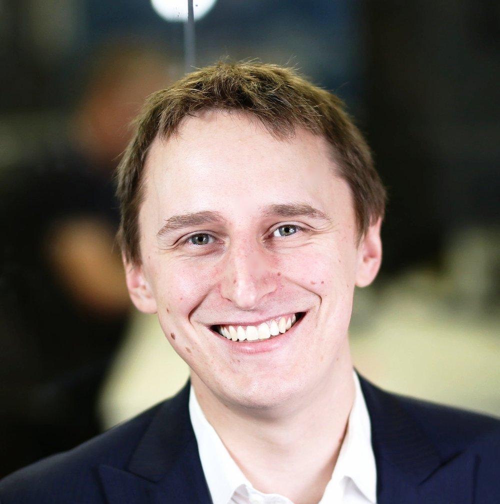 Michael Skirzynski, Momentum