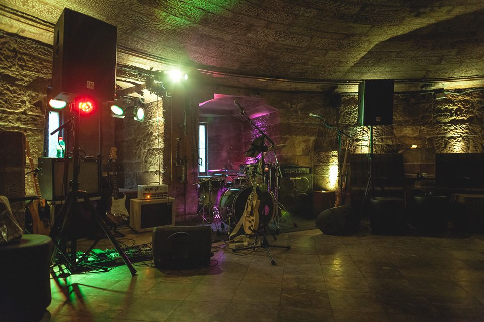 Gig Peckforton Castle Cheshire