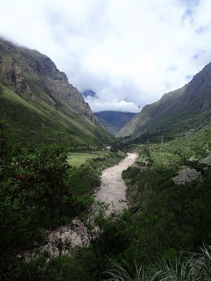 The first of the many countless stunning views - Vilcanota river!