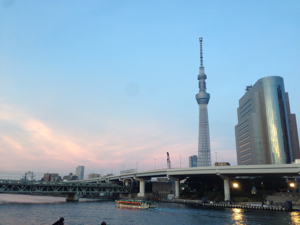 Our romantic evening spot by the river in Tokyo