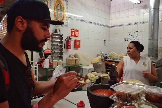 Fresh tacos from Xochimilco market