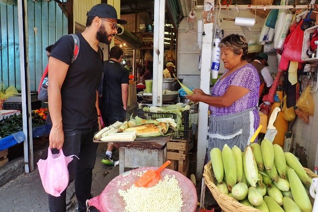 Xochimilco market