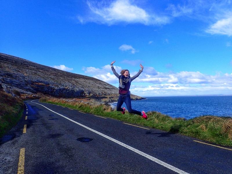 Ireland roadtrip happy