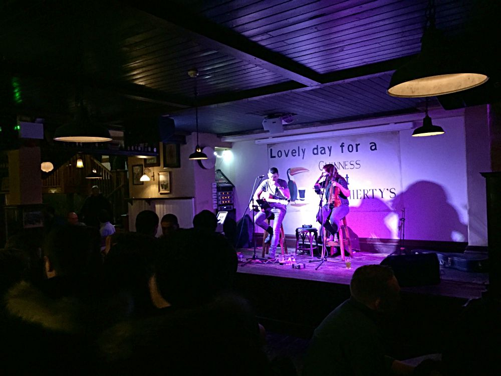 Live music in The Old Storehouse Dublin