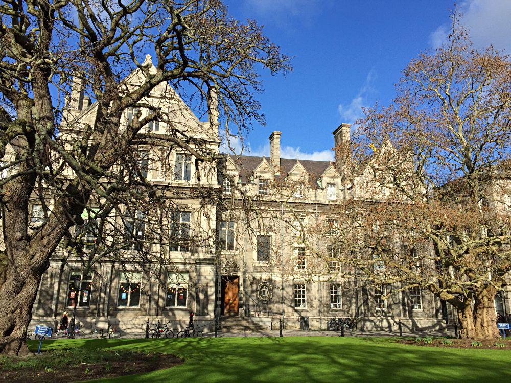 Trinity College Dublin Walking Tour