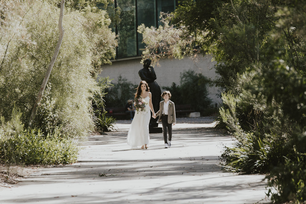 Leah & Rael: NGA Sculpture Garden Wedding Canberra