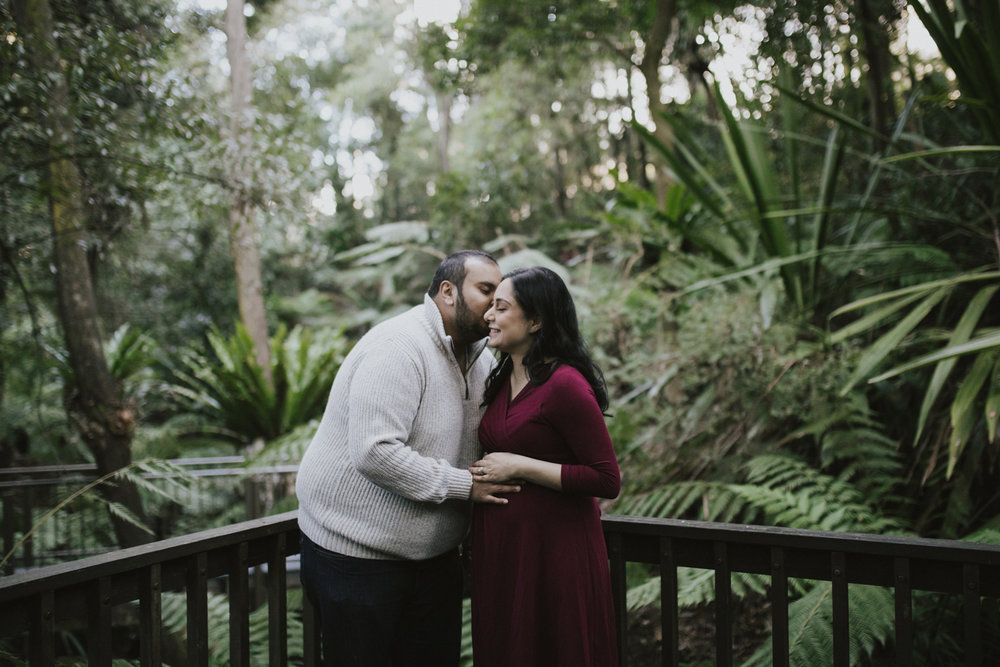 Canberra Botanical Gardens Maternity Rainforest Portraits shot by Jenny Wu