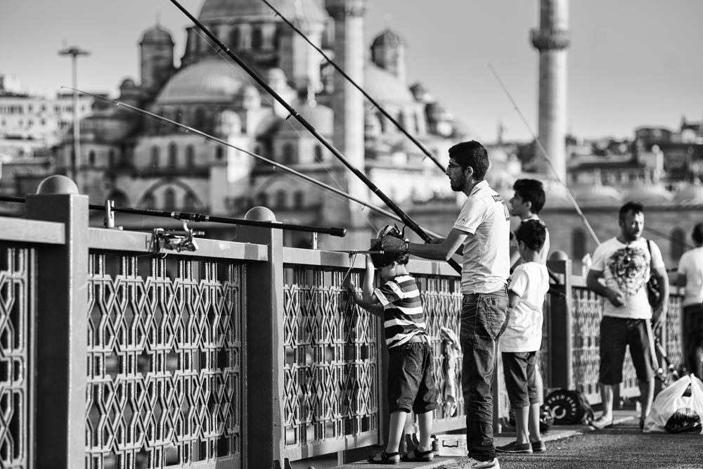 Fishing at Galata Bridge.jpg