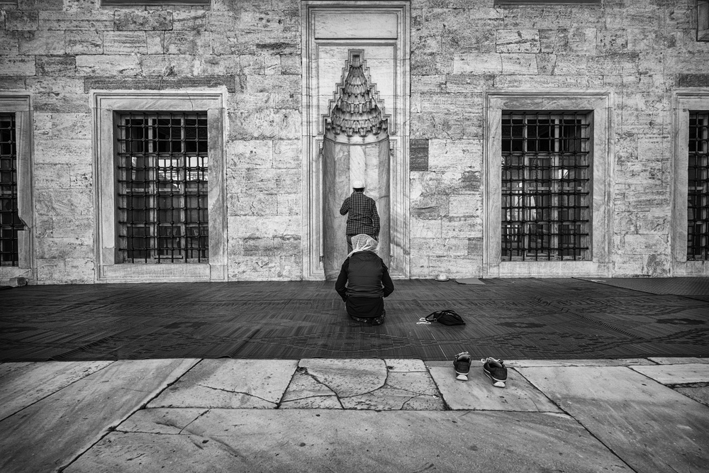 Praying at Blue Mosque.jpg