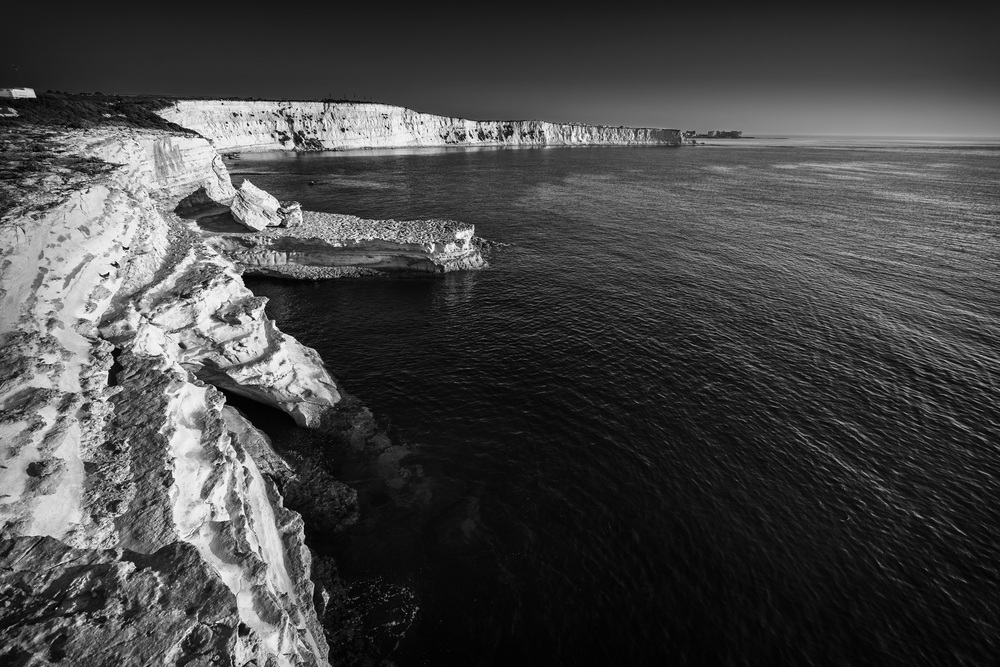 White Cliffs of Malta.jpg