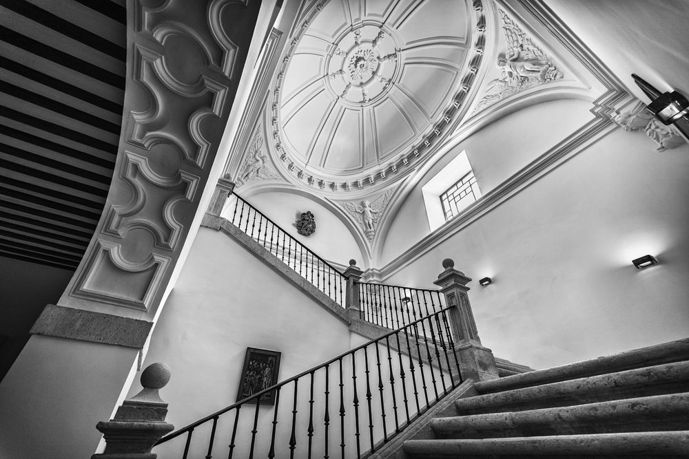 Abadia Retuerta Escaleras.jpg