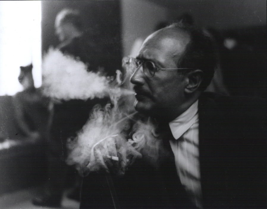Abstract Expressionism: Is it all just smoke and mirrors? (Mark Rothko at the California School of Fine Art, San Francisco, 1949). Image sourced from   https://goo.gl/0zBL1a