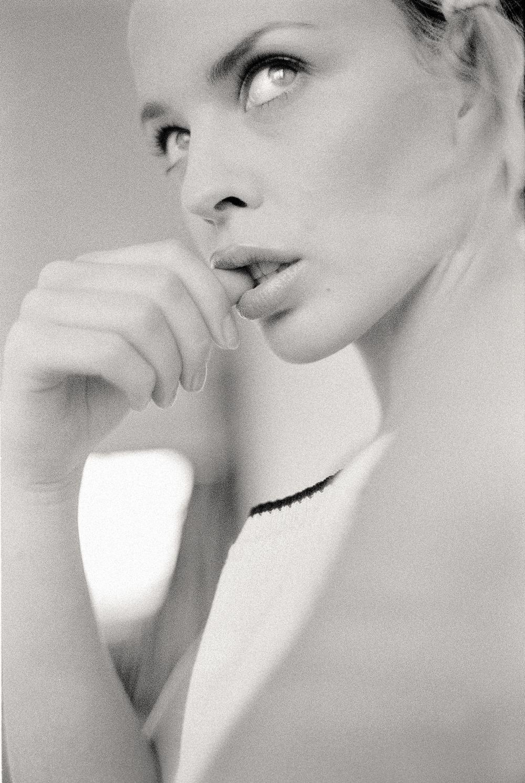 Kylie Minogue, Camden Town 1994.