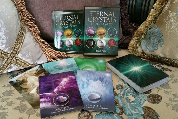 eternal-crystals-oracle-cards-02-whole-set.jpg