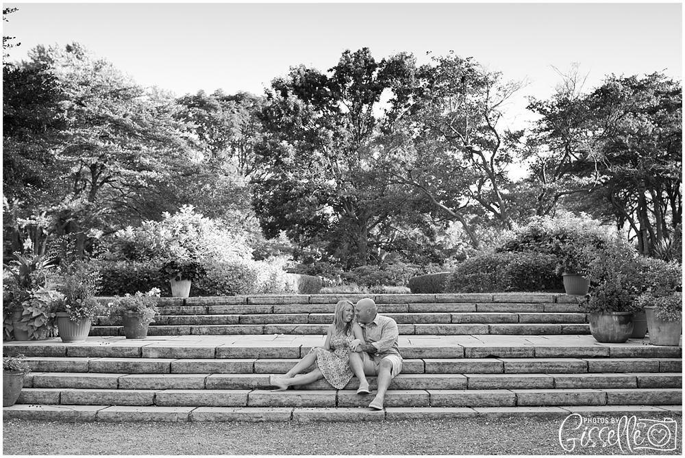 Samantha_Jamie_Cantigny_Park_Engagement_Photos-010.jpg