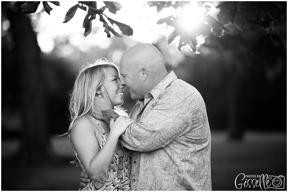 Samantha_Jamie_Cantigny_Park_Engagement_Photos-041.jpg