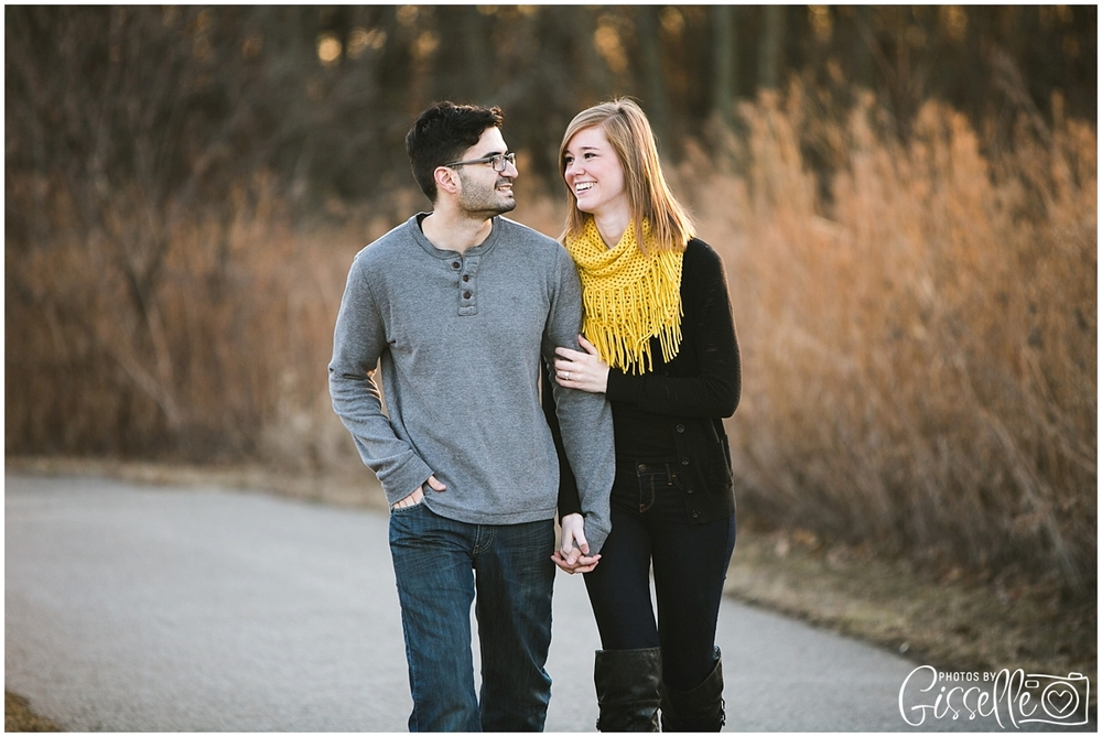 Oswego_Batavia_IL_Engagement_Session_0011.jpg