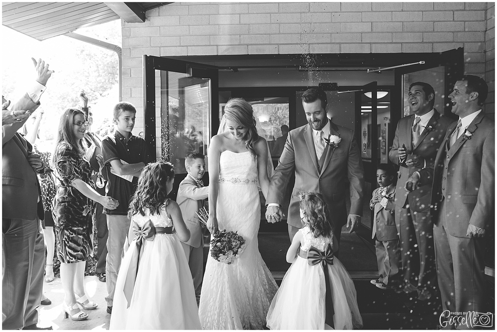 Cantigny_Park_Two_Brothers_Roundhouse_Wedding_0011.jpg
