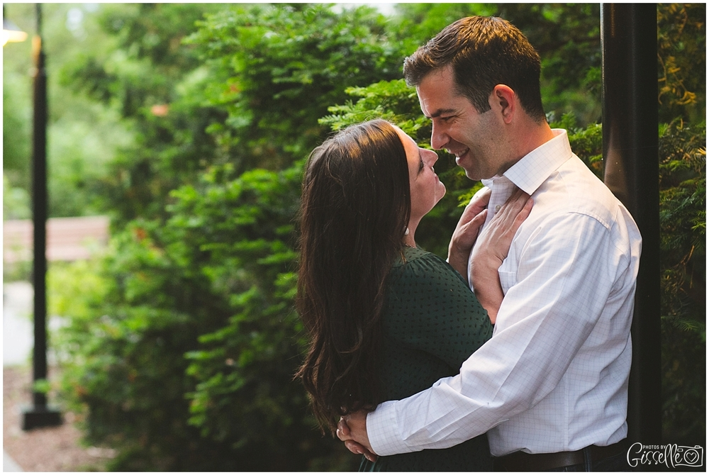 Morton-Arobretum-Engagement-Session-Photos-by-Gisselle019.jpg