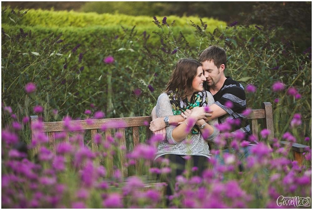 Cantigny-Park-Engagement-Photos_0002.jpg