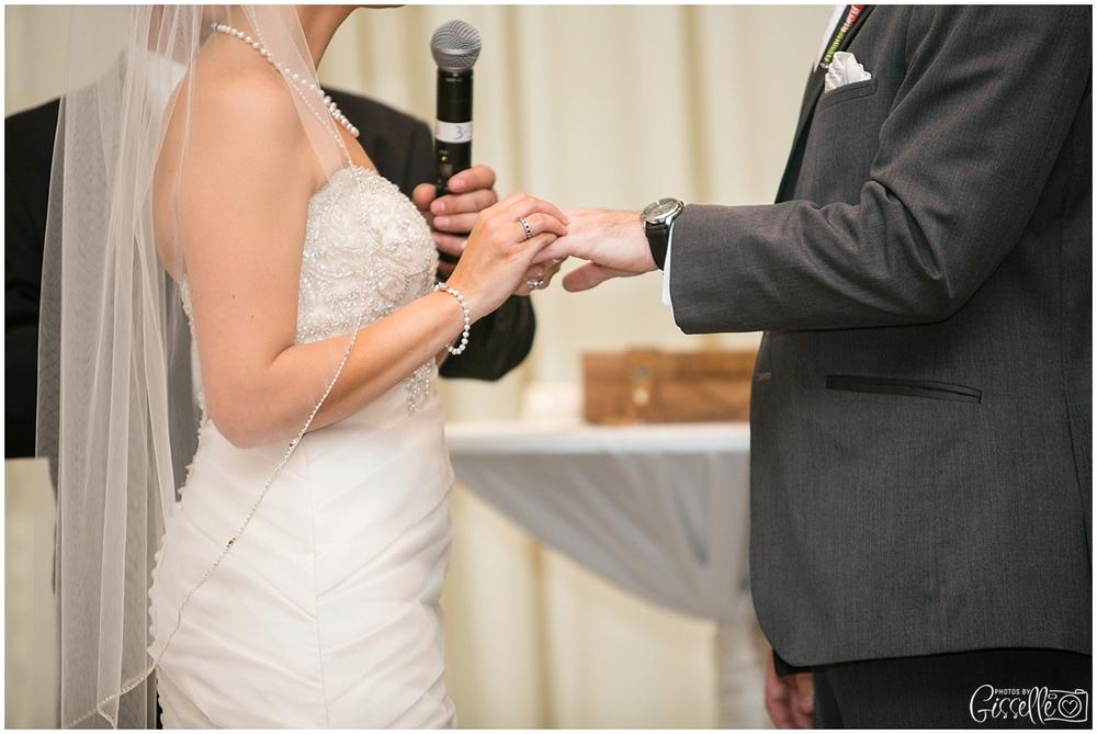 Venutis_Banquets_Addison_Wedding016.jpg