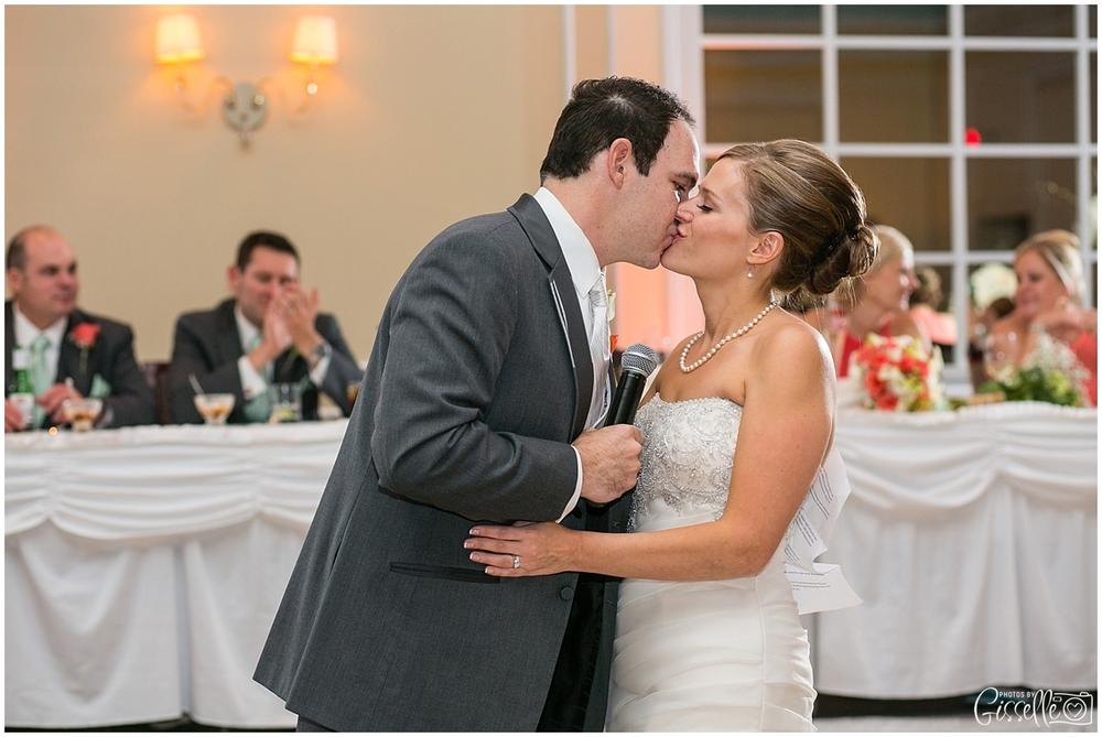 Venutis_Banquets_Addison_Wedding019.jpg