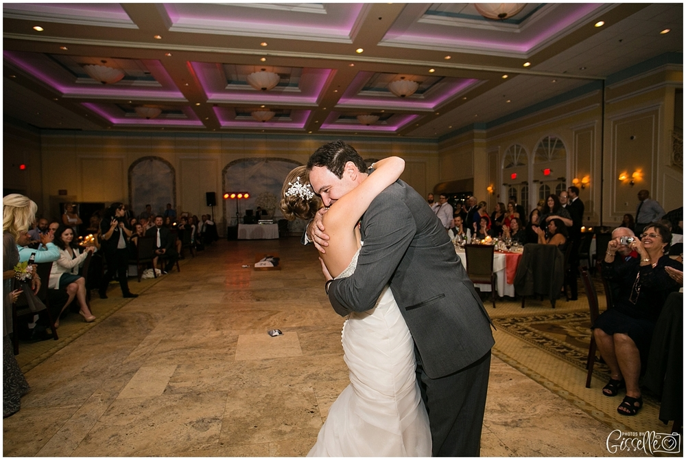 Venutis_Banquets_Addison_Wedding022.jpg