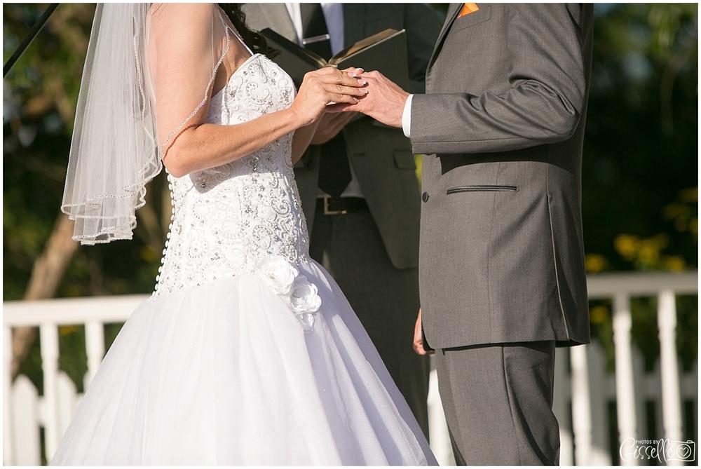 Fox-Valley-Country-Club-Wedding_0007.jpg