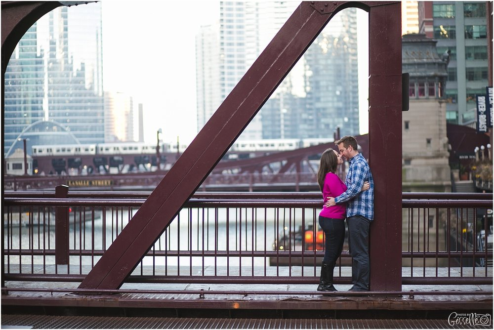 Chicago Engagement Photographer_0008.jpg