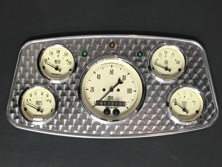 1933-34 ford dash with autometer old tyme &