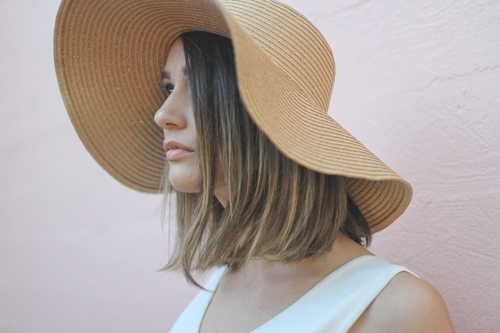 floppy-straw-hat